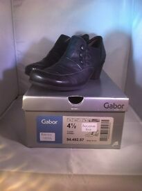 NEW GABOR LADIES BLACK BOOTS, STILL IN THE BOX
