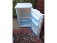 Fridge under counter Lec not very old and runs quiet, in very good condition, no cracks