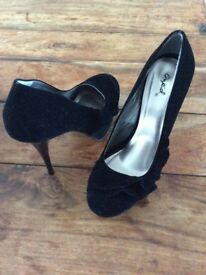 Size 5/6 suede high heels
