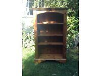Bookshelf in fantastic condition. Ducal pine