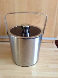 A Vintage Tiger Vacuum Silver Chrome IPD - 12 Ice/Wine Bucket