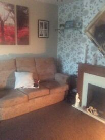 Wanted 2 bed house in or around gosport up to 5 miles outside