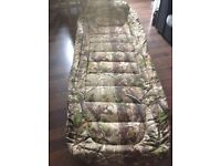 Tracker jackal woodland camo bedchair (RARE)