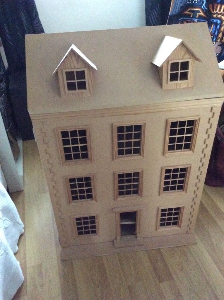 Scale Dolls House
