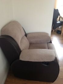 LARGE RECLINING SOFA AND RECLINING CHAIR