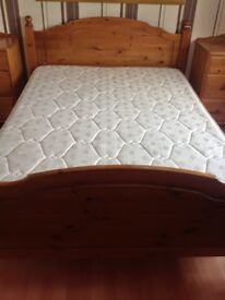Pine double bed VGC