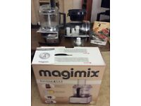 Magimix Cusine 4200 Food Processor Get this bargain before Mary Berry