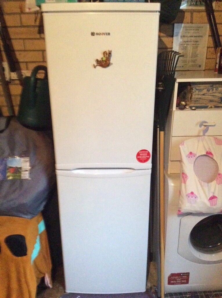 50/50 Fridge Freezer made by Hoover