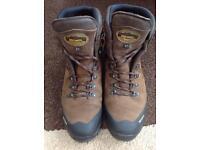 MEINDL KANSAS GTX 3-Season Walking/Hiking Boots - Virtually New! UK Size 12 (11.5?)