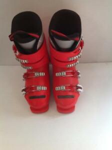 Head Raptor Super Shape Down Hill Ski Boots. Red And White Size 5 mens.