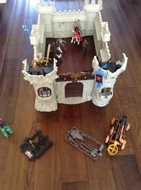 Plastic Knights castle playset including the dragon & all Knights/horses etc shown - VGC