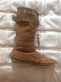 Girls suedette Boots in Tan size 2 Never worn
