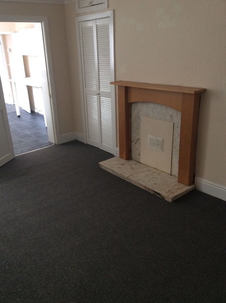 Victoria Road West, Hebburn - 3 bed upper flat only £110 per week. Other properties available
