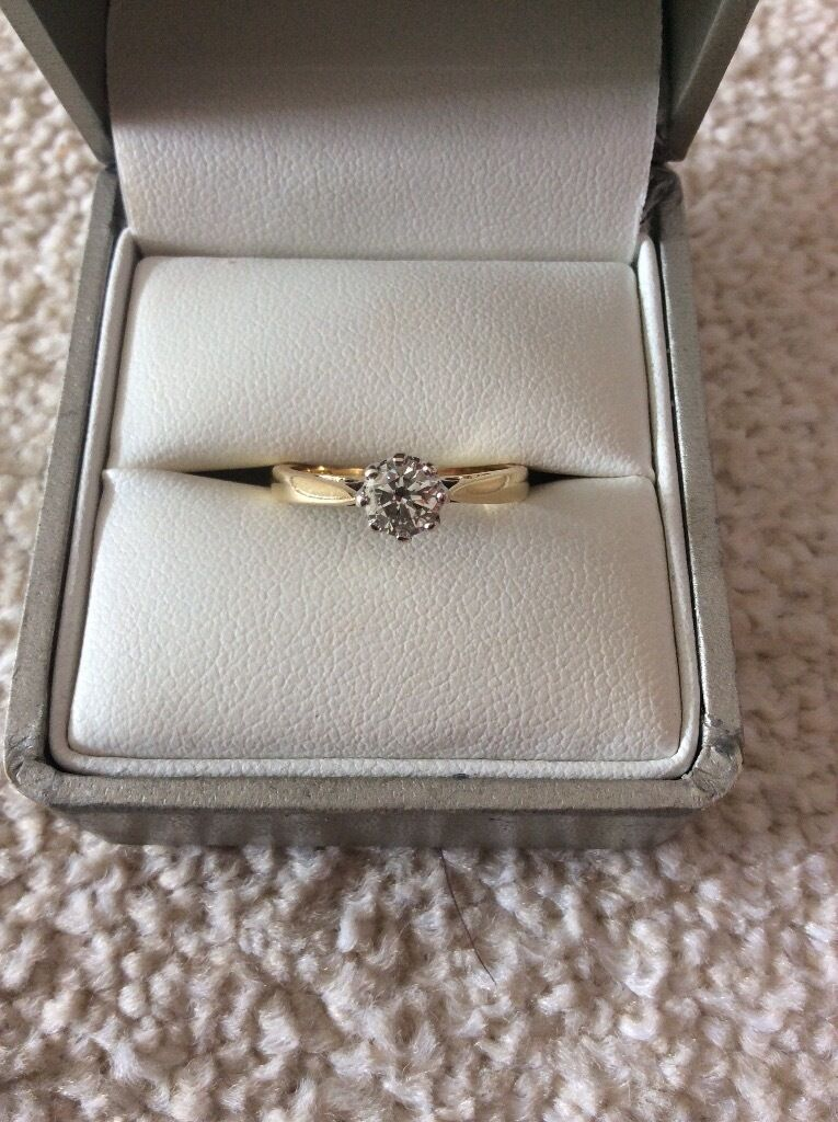 18ct Yellow Gold 1/2 Carat Diamond Solitaire Engagement Ringin SwanseaGumtree - 18ct Yellow Gold 1/2 Carat Diamond Solitaire Ring from H Samuel. Ring looks brand new as it hasnt been worn much and has recently been professionally cleaned. Perfect for an engagement ring! Comes with ring silver ring box although box is slightly...