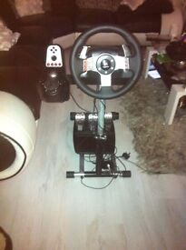Logitech g27 steering wheel and stand excellent condition
