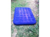 Double air mattress with electric pump