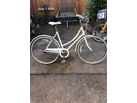 Raleigh caprice lady bike