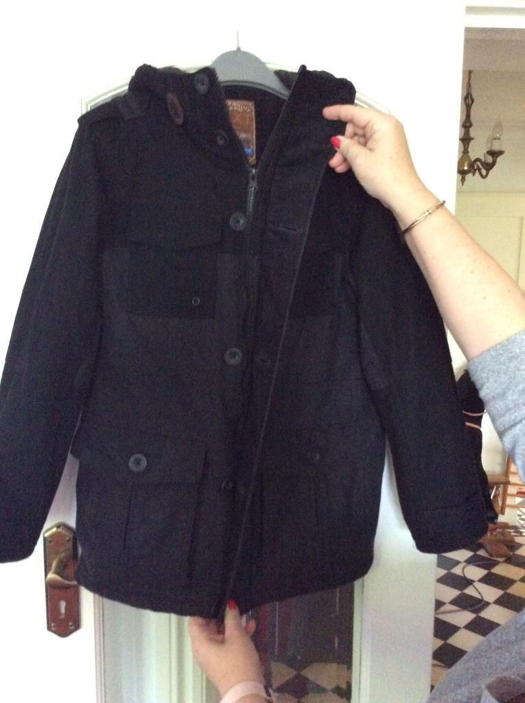 Boys Duffle Coat from Next shop. Age 10 years, Grey and Black Please check out my other Adverts