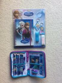 Disney Frozen Notebook Gift Set & Pencil Case