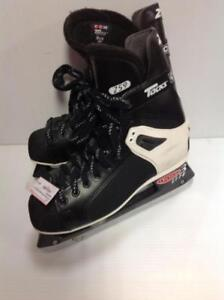CCM Tacks 259 Hockey Skates (2D1EH4)