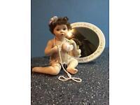 5 Ashton drake galleries dolls