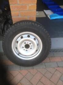 Wheel rim and tyre (unused)