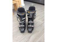 NORDICA mens ski boots size 10