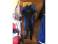 Scubapro ladies dive suit 5mm (offers)