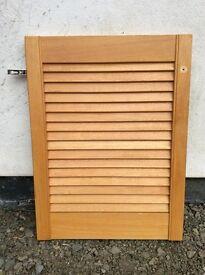 Slatted pine wood doors