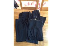 4 pairs of black school trousers in size 9-10 years