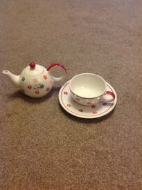 Whittard tea for one set