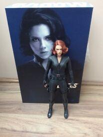 Hot Toys Avengers: Black Widow Figure