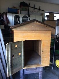 Dog kennel for sale Excellent condition