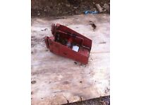 Lorry spare wheel carrier