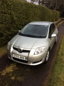 Toyota Auris 57 reg years mot clean reliable family transport