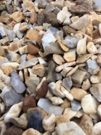 20 mm Cotters gold decorative chips / gravel