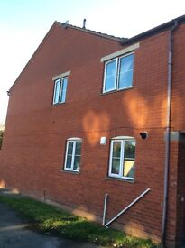 2 bed House from Gloucester want to swap to London