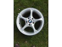 *FOUR* BMW wheel rims. Star Spoke 102 Z4 e85 GENUINE with badge