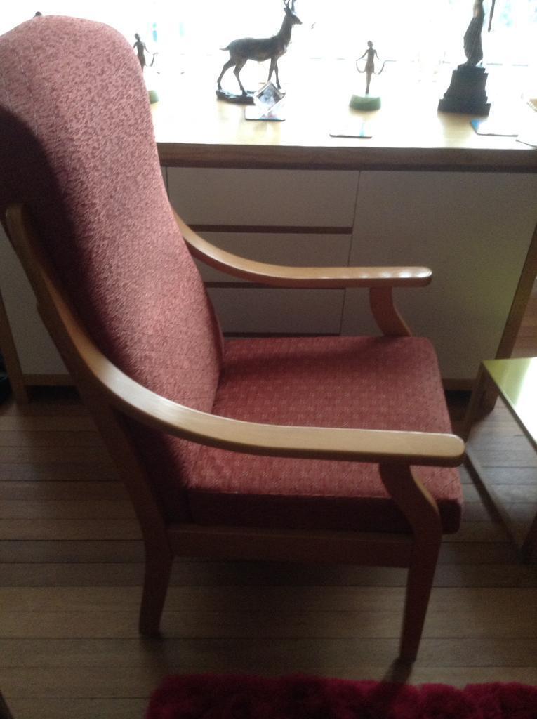 Armchair/chair