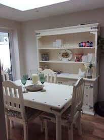 Table. 4 chairs & Welsh dresser