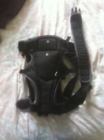Forward or facing baby carrier