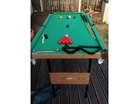 Snooker table + pool table