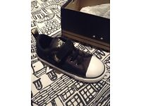 BRAND NEW CONVERSE SHOES - INF 10
