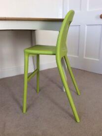 Ikea URBAN Junior Chair Green