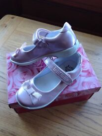 Lelli Kelly pink pearlescent girls shoes EU 25 (approx 7.5 size) ***IMMACULATE CONDITION***