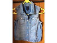 Girl's sleeveless denim jacket/waistcoat