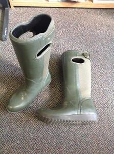 Bogs Rubber Boots 6.5 - Green (sku: TZT2WJ)
