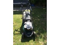 ATCO Liner 18SE lawnmower electric start 4years old £600 pounds new for sale £200 good condition