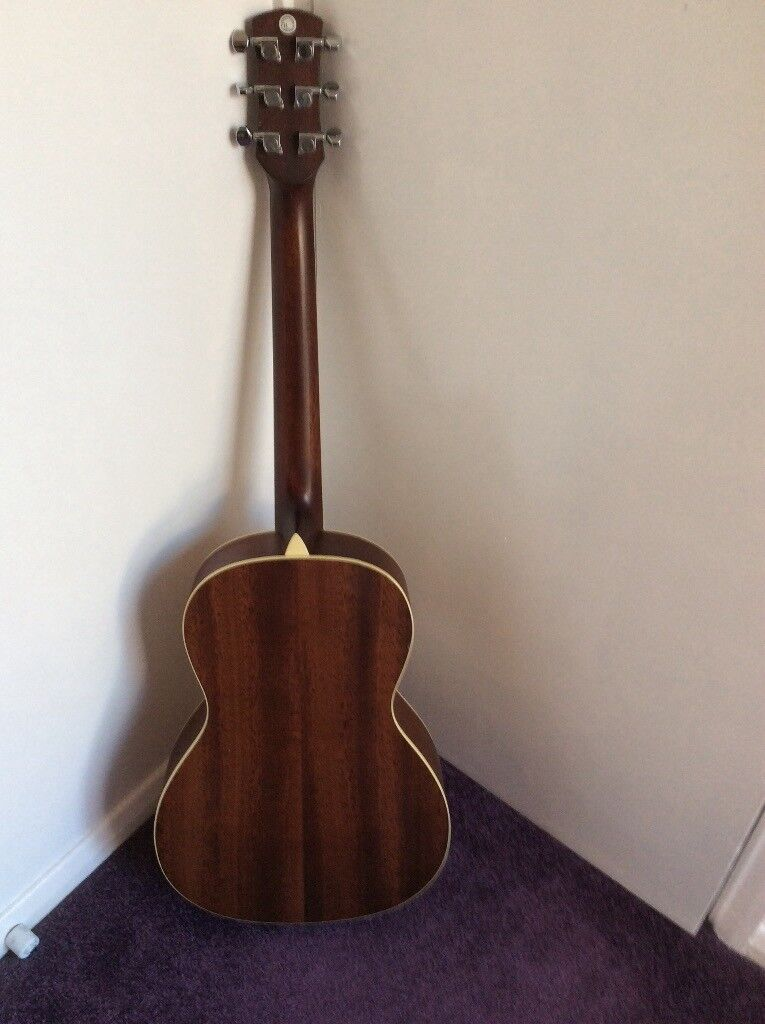 Small Garrison Acoustic Guitar. Rosewood. Excellent condition. Rare guitar.