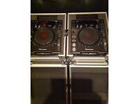 Pioneer CDJ -1000 MK3 x2 & flight cases DJ Decks CDJs